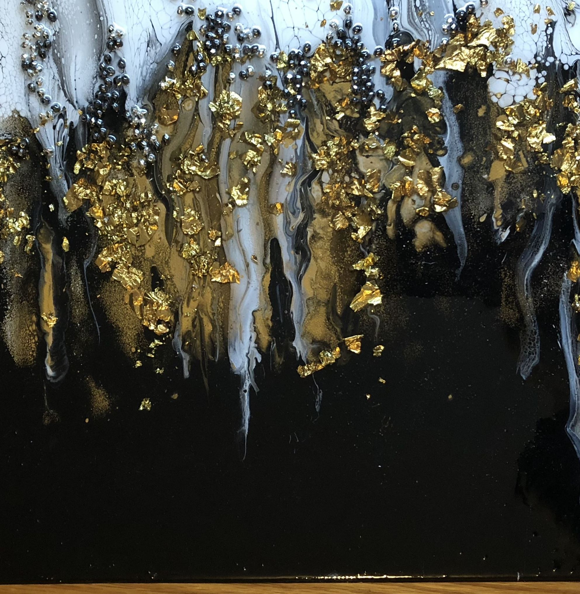 paint pouring with gold leaf